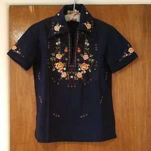 Tops - Vintage embroidered Chinese inspired blouse